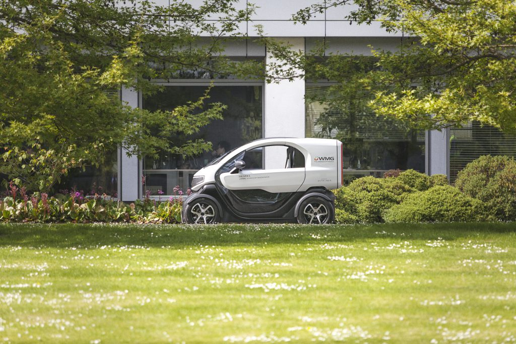 DELIVER-E electric delivery vehicle