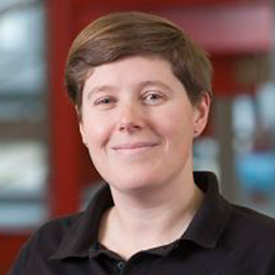 Dr Lynne O'Hare