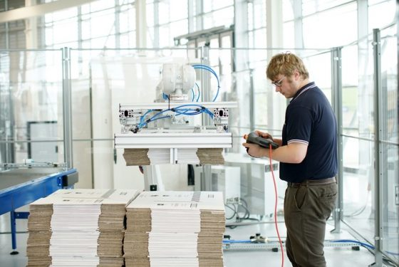 Packaging SME & AMRC develop robotic manufacturing solution