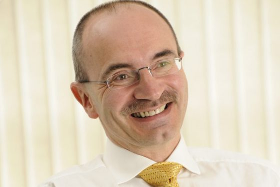HIGH VALUE MANUFACTURING CATAPULT CELEBRATES AWARD FOR CHIEF EXECUTIVE