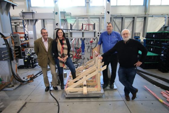 Yorkshire entrepreneur raising the roof with new construction aid tested by AMRC