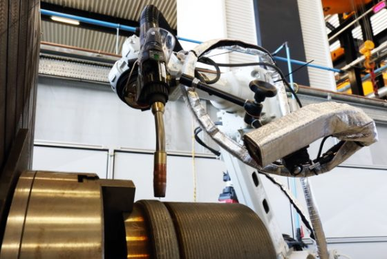New robot cell focuses on innovative welding
